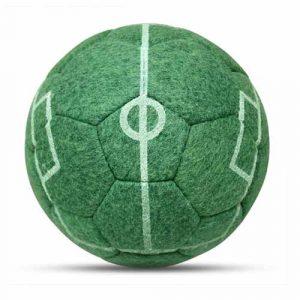 Designball Spielfeld Rasen