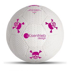 Designball Reifenprofil weiß mit pinken Totenköpfen aus Gummi