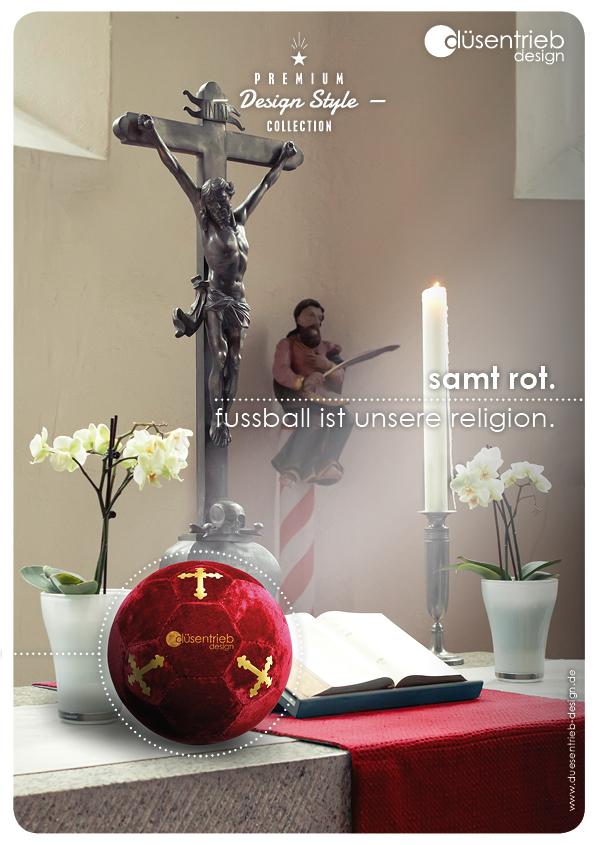 Plakat Religion Fußball ist unsere Religion Designball Samt rot auf Altar
