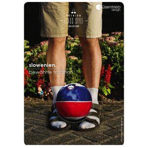 Plakat Slowenien Bewährte Tradition Typischer Slowake mit Länderball