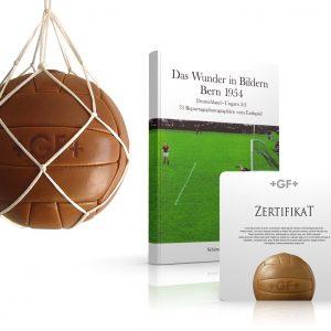Jubiläums-Aktion Fußball Retroball Buch Zertifikat